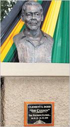 News reggae : Coxsone Dodd a sa statue