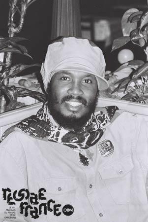 Reggaefrance com - Fiche artiste : Warrior King