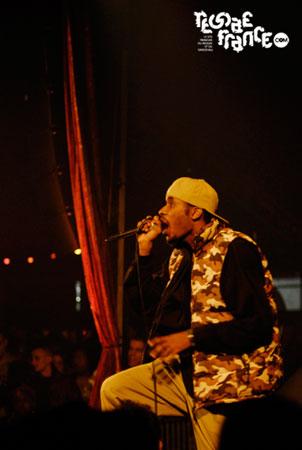 01. (Cabaret Sauvage - Avril 2008)
