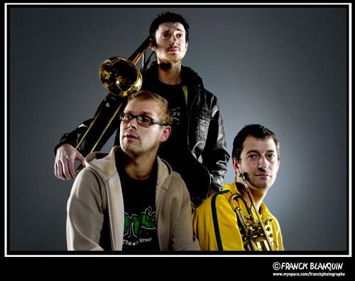 . (Février 2011 - Studio photo à Clichy)