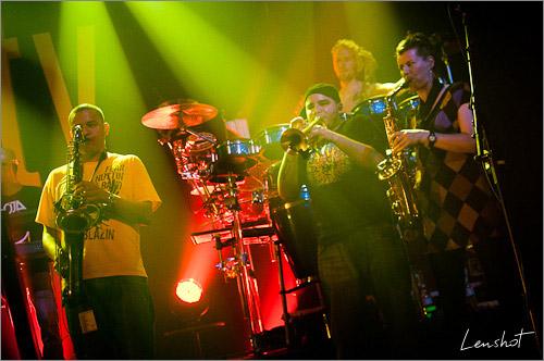 10. Evolution band (Bataclan - Mai 2010)