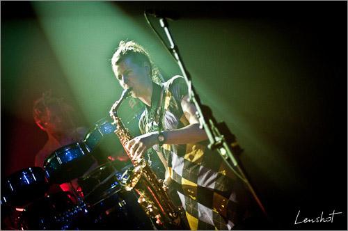 21. Evolution band (Bataclan - Mai 2010)