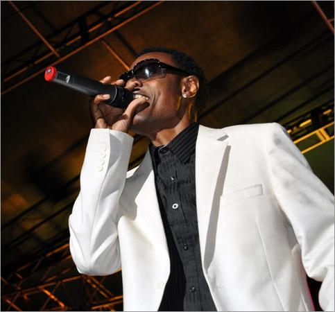 08. Wayne Wonder (Arthur Guinnes Celebration - Kingston 2010)