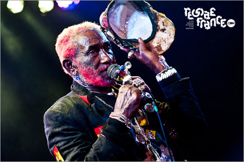 09. Lee Perry (Le Plan - F�vrier 2011)