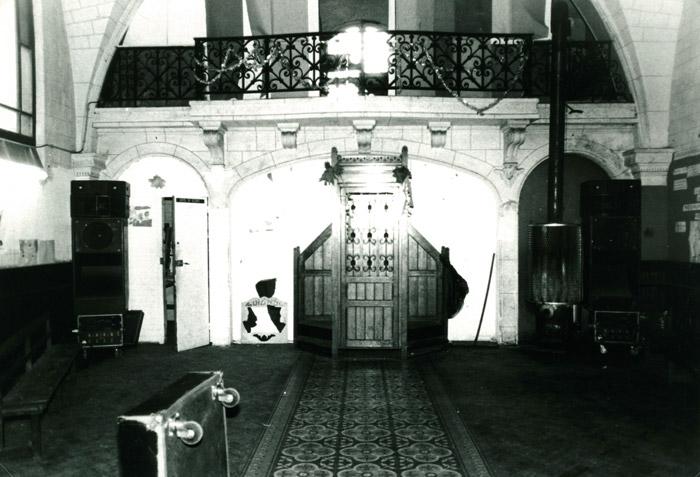 33. La salle, en bas - 30 avril 1983 (© Marie Vaneetvelde)