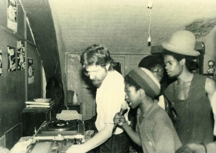 57. La photo emblématique des Panoyaux : Didier, Super John, Daddy Yod - 9 juillet 1983.