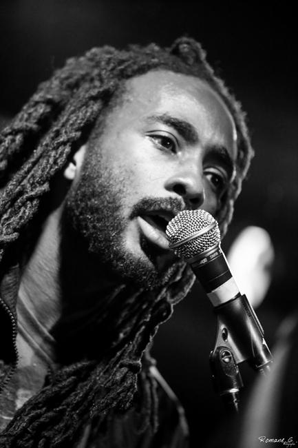 08. Delroy 'Pele' Hamilton - Raging Fyah (La Marquise / Lyon 2015)
