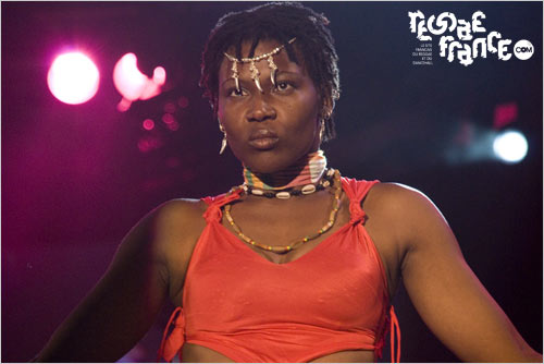 Une danseuses (Reggae Sumfest 2007)