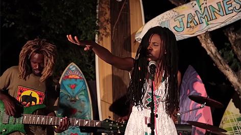 Jah9 - Gratitude
